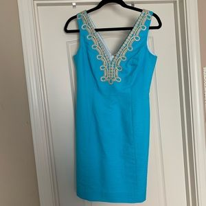 lilly pulitzer blue shift dress